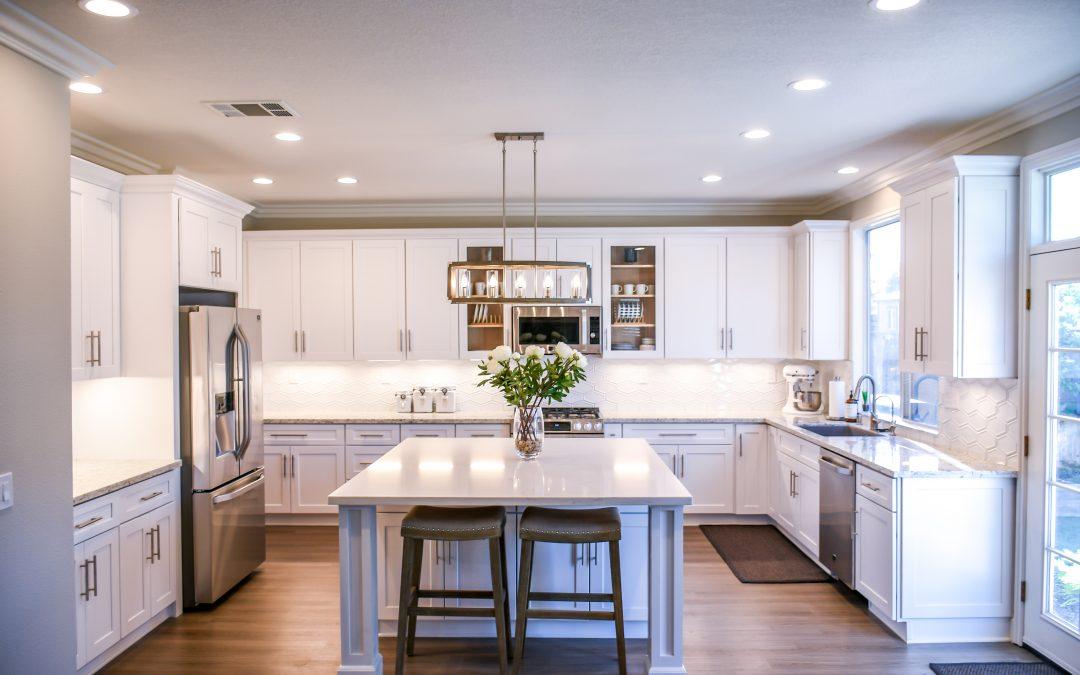 House Flipping Tips: Helpful Advice & Bad Ideas